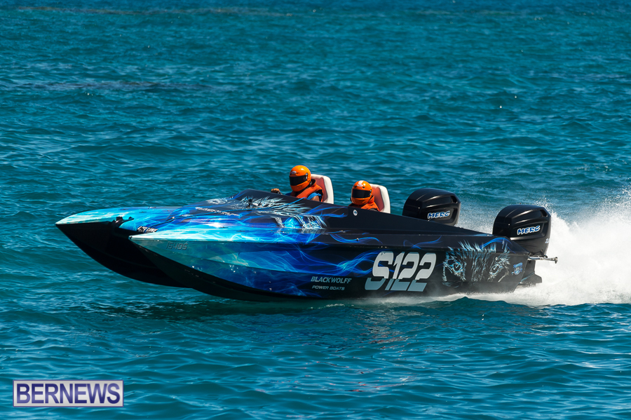 JM-2016-Around-the-Island-powerboat-race-184