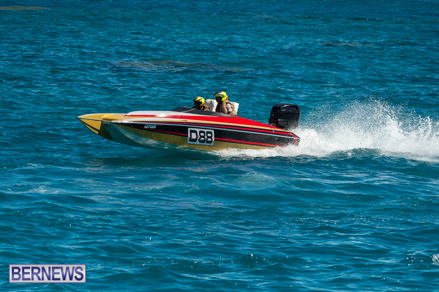 JM-2016-Around-the-Island-powerboat-race-196