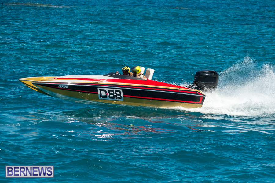 JM-2016-Around-the-Island-powerboat-race-197