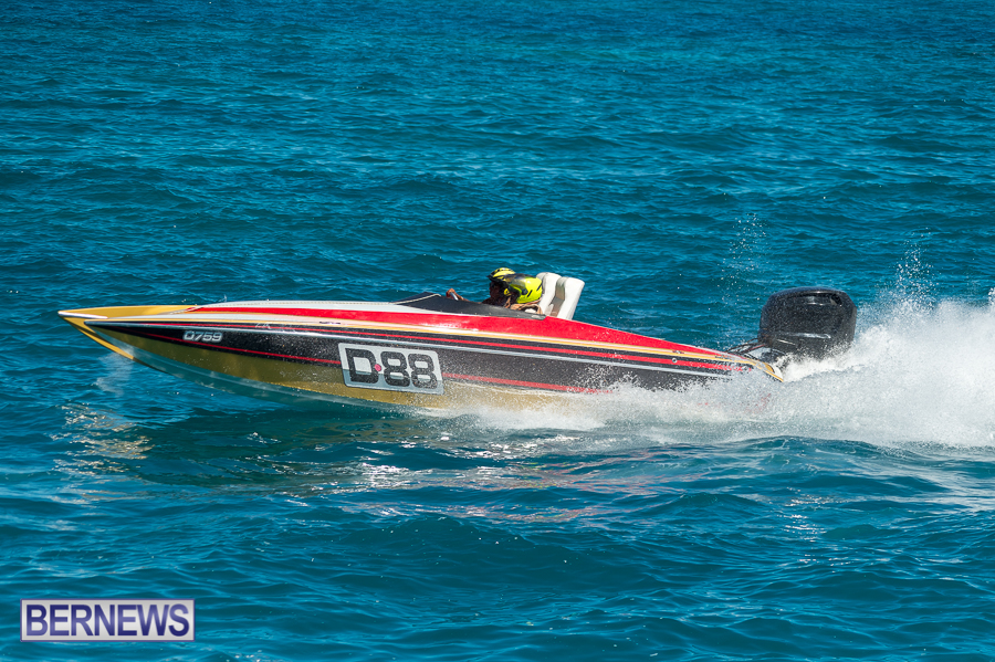 JM-2016-Around-the-Island-powerboat-race-200