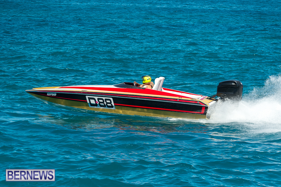 JM-2016-Around-the-Island-powerboat-race-202