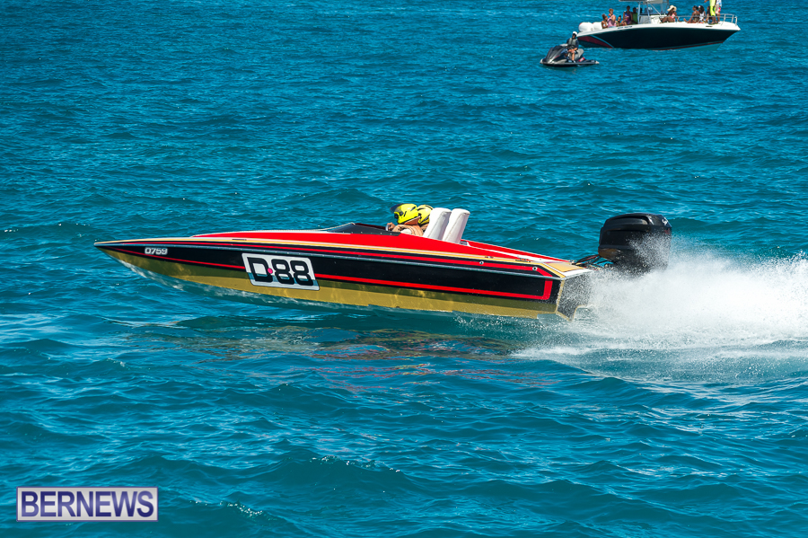 JM-2016-Around-the-Island-powerboat-race-203