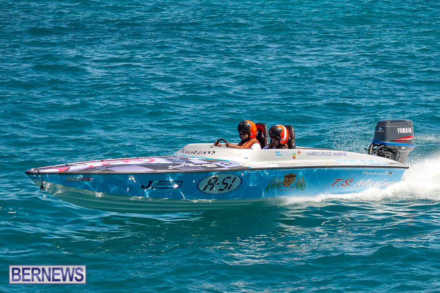 JM-2016-Around-the-Island-powerboat-race-215