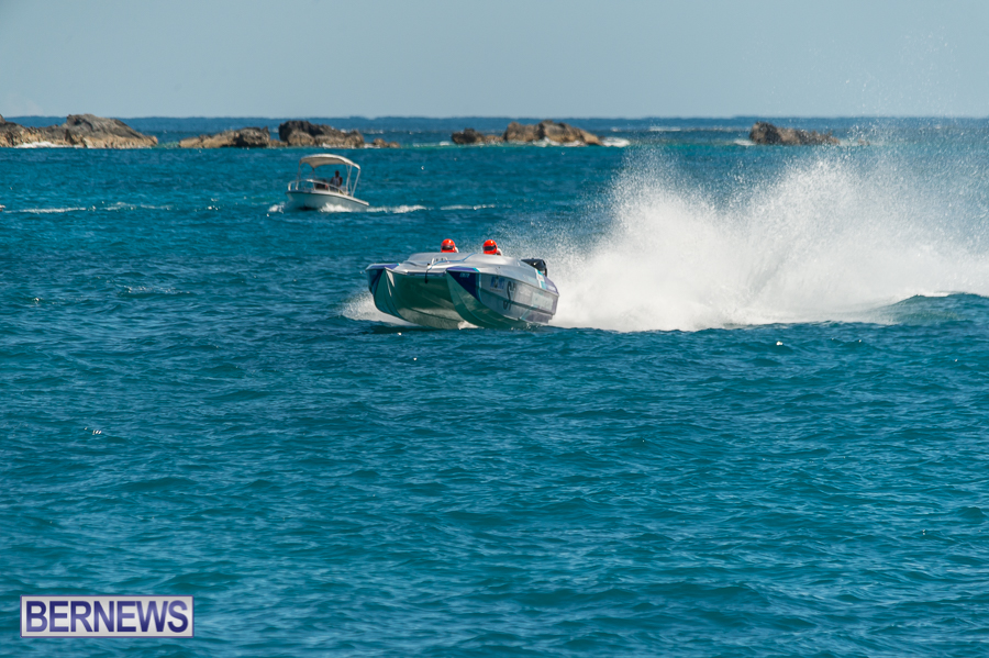 JM-2016-Around-the-Island-powerboat-race-225
