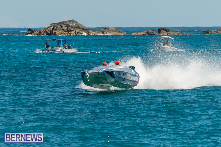 JM-2016-Around-the-Island-powerboat-race-226
