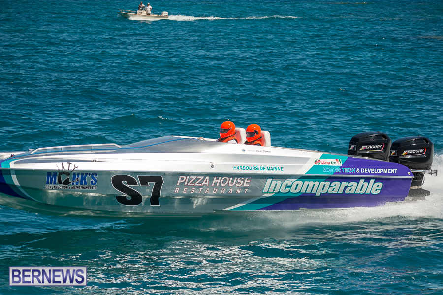 JM-2016-Around-the-Island-powerboat-race-234
