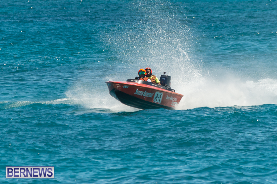 JM-2016-Around-the-Island-powerboat-race-29