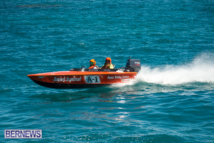 JM-2016-Around-the-Island-powerboat-race-38