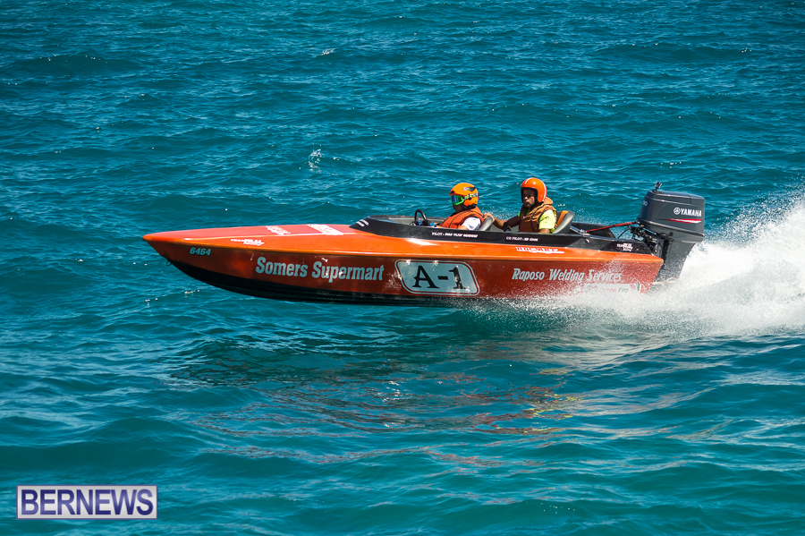 JM-2016-Around-the-Island-powerboat-race-39