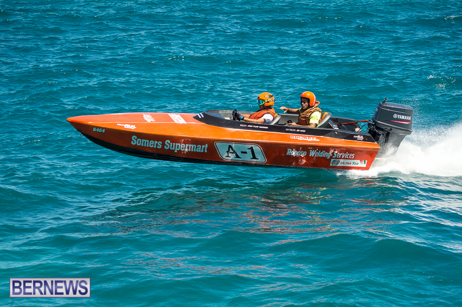 JM-2016-Around-the-Island-powerboat-race-41