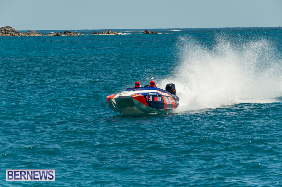 JM-2016-Around-the-Island-powerboat-race-55