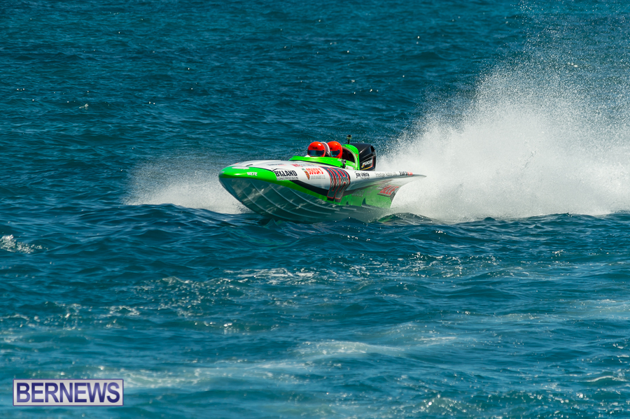 JM-2016-Around-the-Island-powerboat-race-70