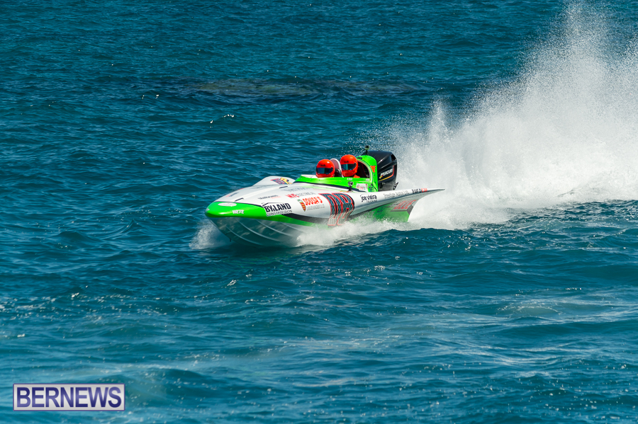 JM-2016-Around-the-Island-powerboat-race-71