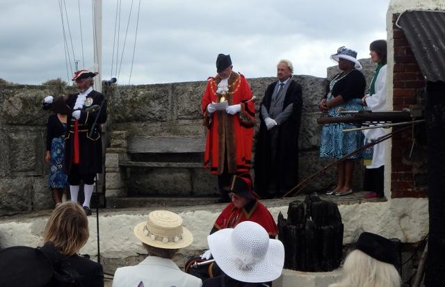 New Statue at Lyme Regis Bermuda August 2016 (14)