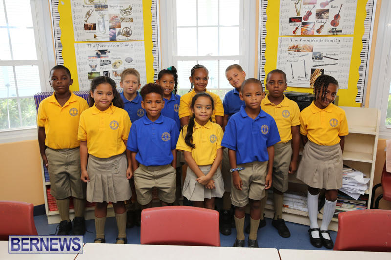 Back-To-School-First-Day-Bermuda-September-8-2016-14