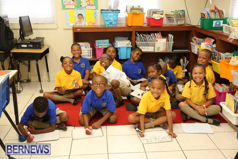 Back-To-School-First-Day-Bermuda-September-8-2016-16