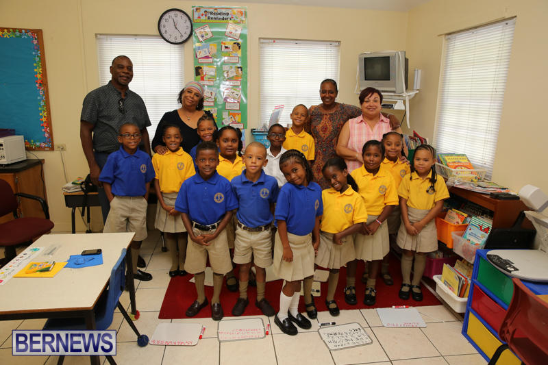 Back-To-School-First-Day-Bermuda-September-8-2016-18