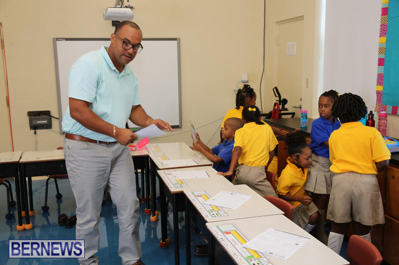 Back-To-School-First-Day-Bermuda-September-8-2016-32