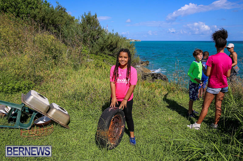 EY-Coastal-Clean-Up-Bermuda-September-17-2016-22