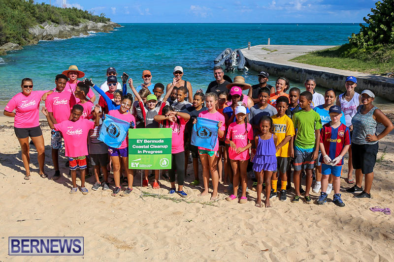 EY-Coastal-Clean-Up-Bermuda-September-17-2016-5