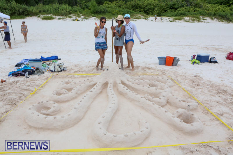 Sand-Sculpture-Competition-Horseshoe-Bay-Beach-Bermuda-September-5-2015-14