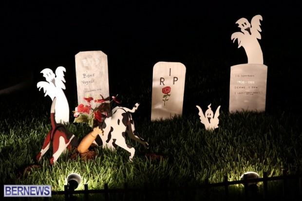 03-2016 October Bermuda Halloween in Devonshire (3)