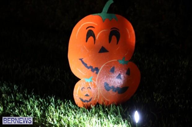 04-2016 October Bermuda Halloween in Devonshire (4)