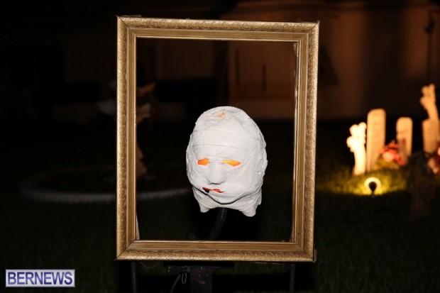 09-2016 October Bermuda Halloween in Devonshire (9)