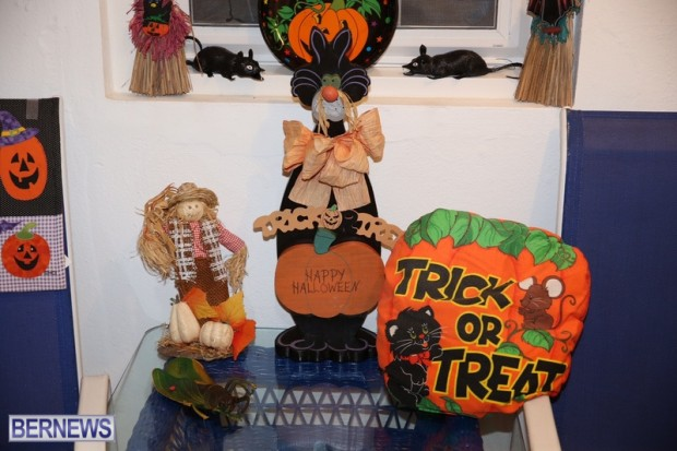 21-2016 October Bermuda Halloween in Devonshire (21)