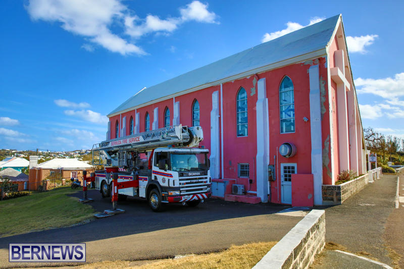 Bermuda-Fire-Rescue-Service-Bethel-AME-Roof-October-15-2016-1