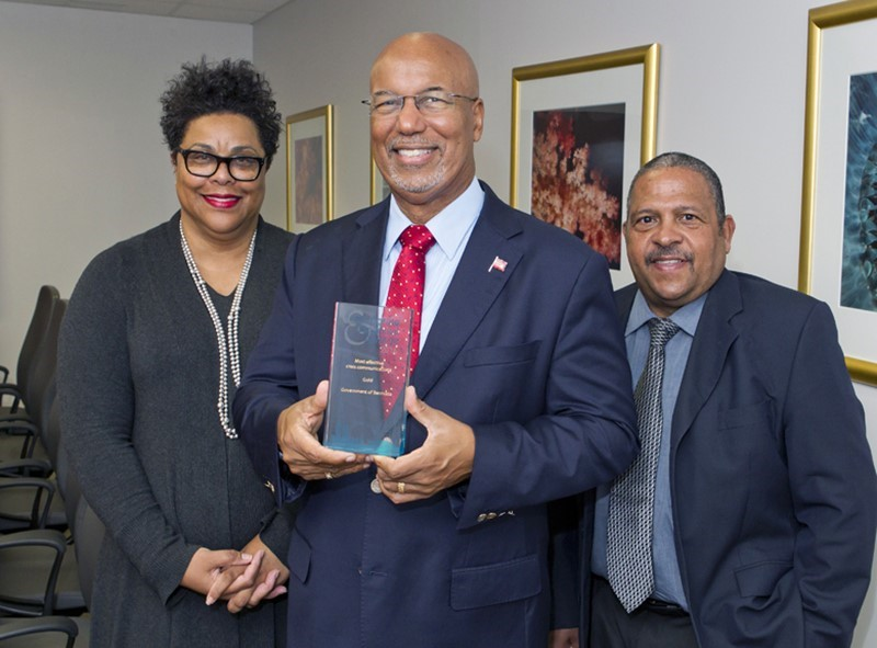 7130_FINANCE_BERMUDA_GOVERNMENT_CRISIS_MANAGEMENT_MEDIA_AWARD_VSR_008