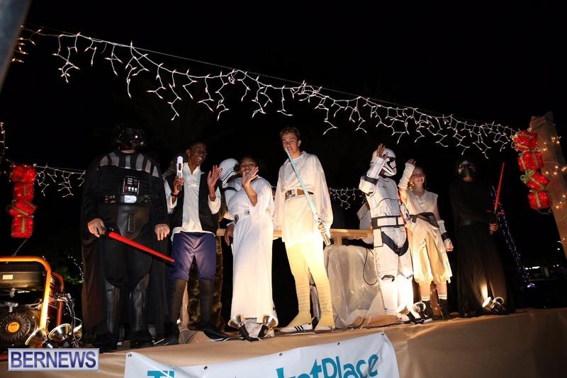 79-2016-Bermuda-Marketplace-Santa-Claus-Parade-83