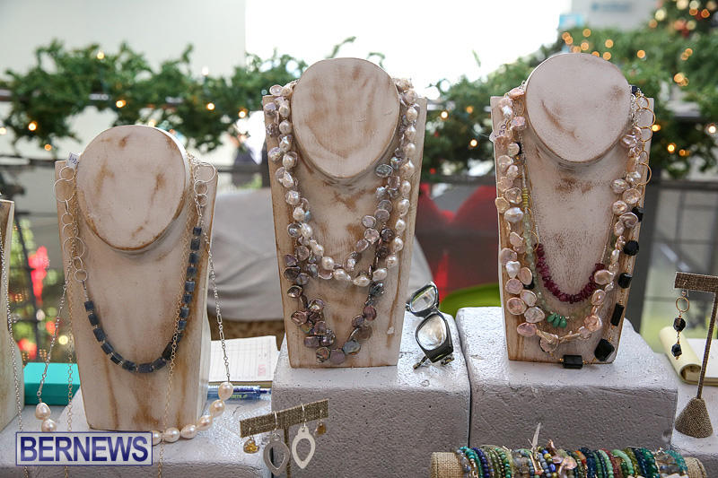 BUEI-Harbourside-Market-Arts-and-Crafts-Festival-Bermuda-November-19-2016-28