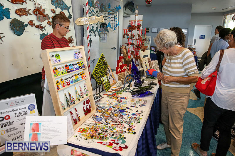 BUEI-Harbourside-Market-Arts-and-Crafts-Festival-Bermuda-November-19-2016-40