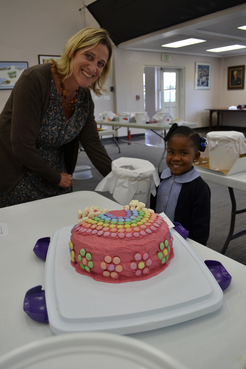 Cake for Haiti Bermuda Nov 2 2016 (2)