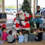 Santa Arrives In Bermuda, November 25 2016-32