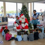 Santa Arrives In Bermuda, November 25 2016-36