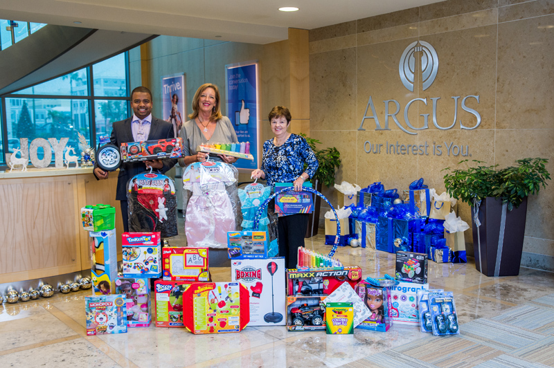 Argus Toys for Tots Bermuda Dec 15 2016