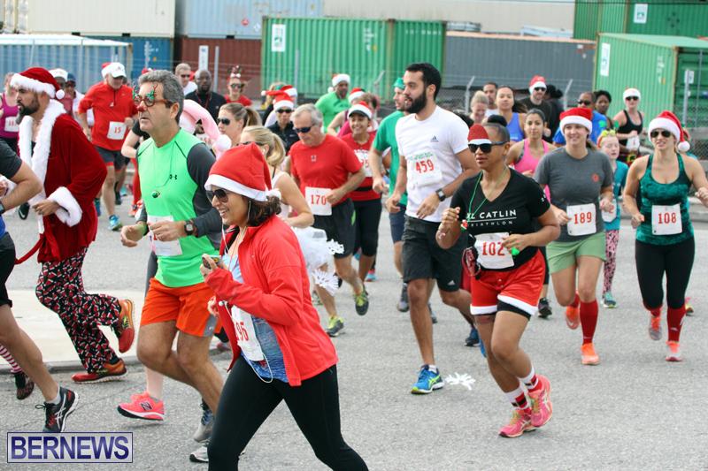 BAC-Jingle-Bell-5K-Road-Race-Bermuda-Dec-11-2016-16