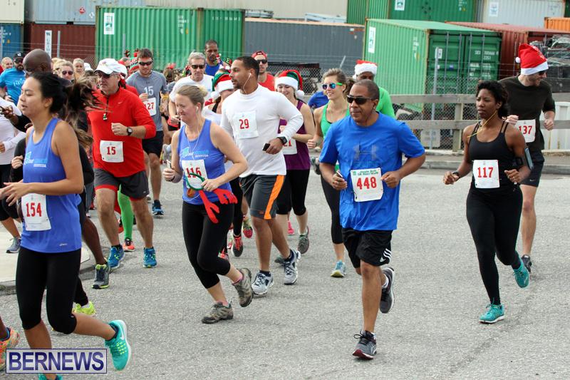 BAC-Jingle-Bell-5K-Road-Race-Bermuda-Dec-11-2016-17