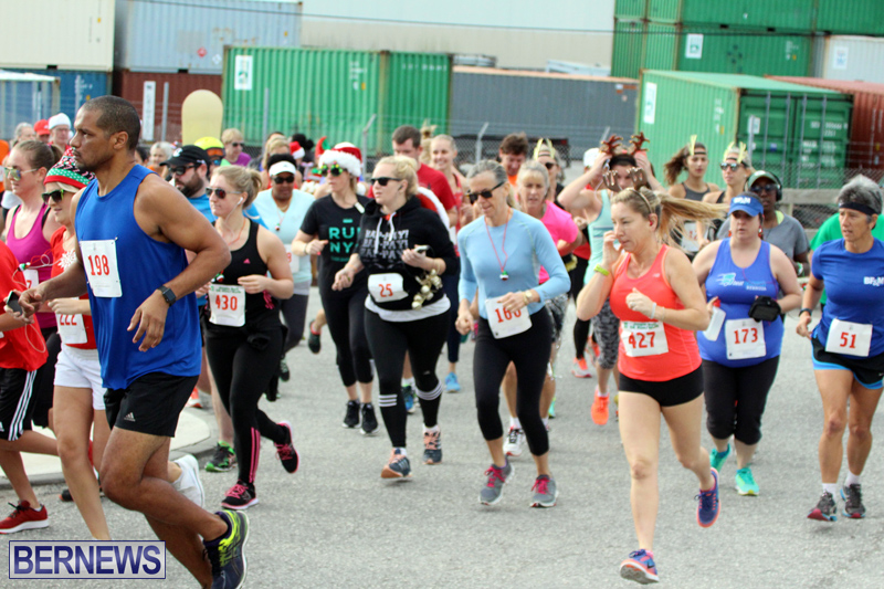 BAC-Jingle-Bell-5K-Road-Race-Bermuda-Dec-11-2016-18