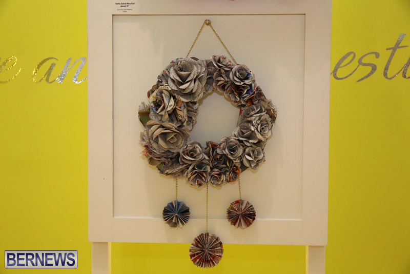 Bermuda-Christmas-wreaths-in-mall-2016-39