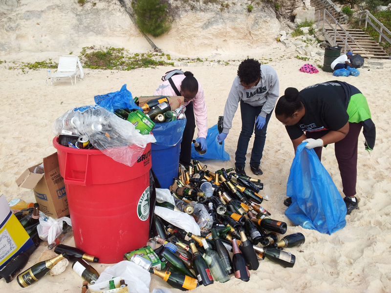 Boxing Day cleanup at Elbow Bermuda December 2016