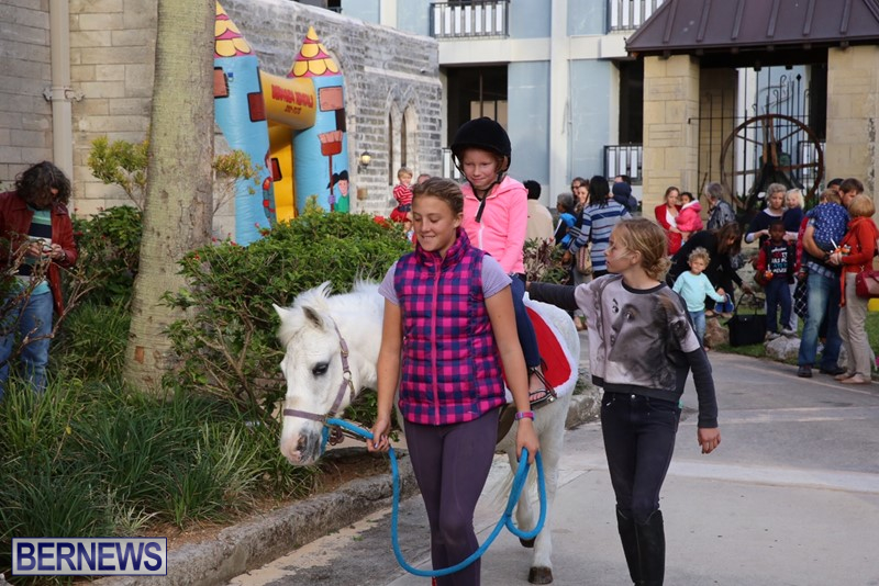 Cathedral-Pony-Rides-Fun-Castle-Dec-23-6