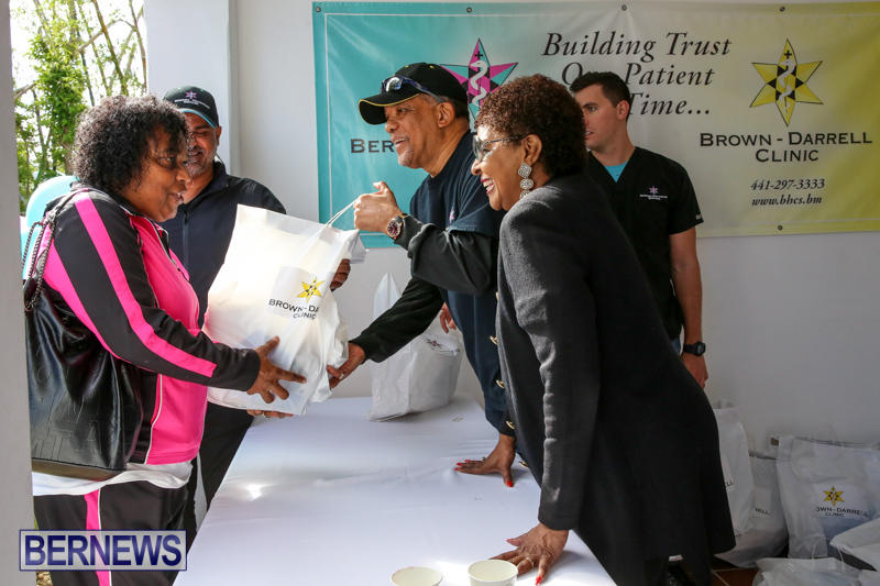Dr-Ewart-Brown-Turkey-Giveaway-Bermuda-HealthCare-Services-December-17-2016-1