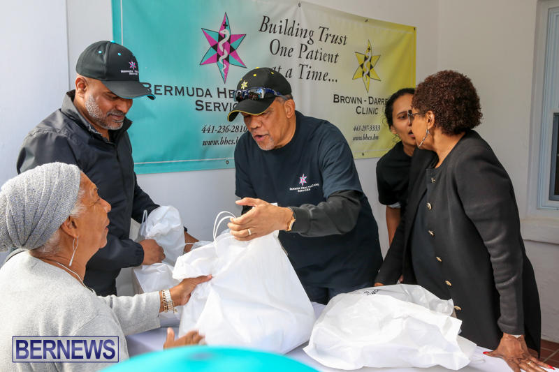Dr-Ewart-Brown-Turkey-Giveaway-Bermuda-HealthCare-Services-December-17-2016-11