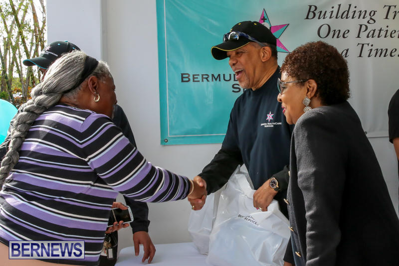Dr-Ewart-Brown-Turkey-Giveaway-Bermuda-HealthCare-Services-December-17-2016-2