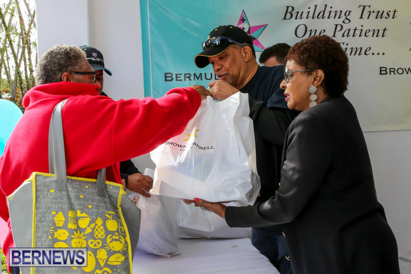 Dr-Ewart-Brown-Turkey-Giveaway-Bermuda-HealthCare-Services-December-17-2016-3