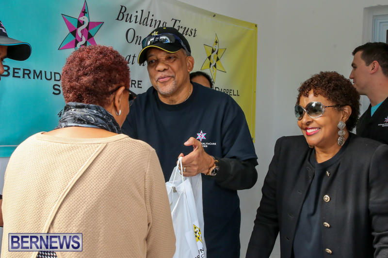 Dr-Ewart-Brown-Turkey-Giveaway-Bermuda-HealthCare-Services-December-17-2016-5