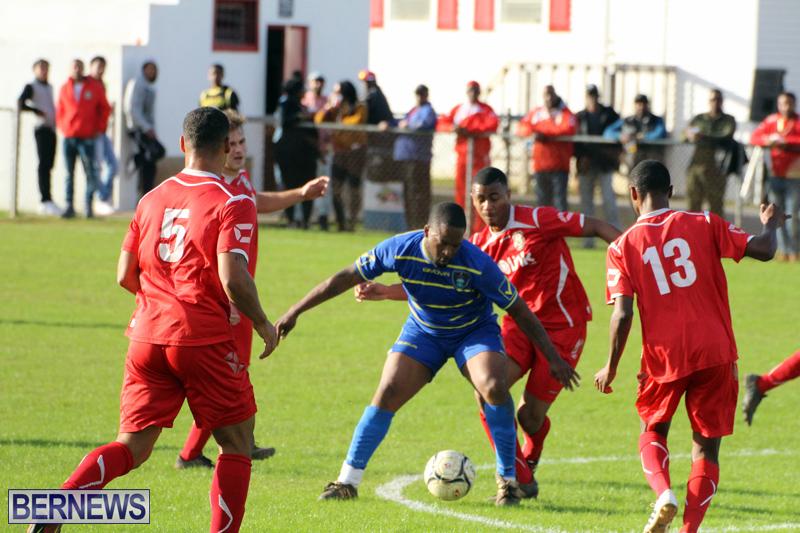 Football-Premier-Division-Bermuda-Dec-12-2016-15